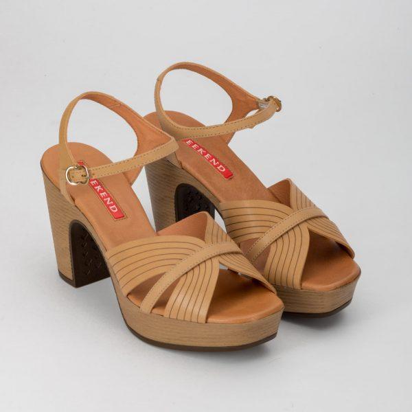 Zapatos cómodos camel , zapato rosa comunión, zapato weekend AOSTA , sandalias weekend, zapatos de madera