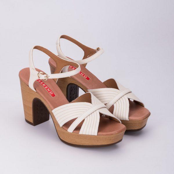 Zapatos cómodos blancos, zapato blanco mamá de comunión, zapato weekend AOSTA , sandalias weekend, zapatos de madera