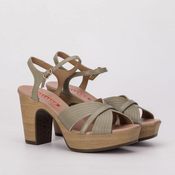 Zapatos cómodos kaki, zapato verde comunión, zapato weekend AOSTA , sandalias weekend, zapatos de madera